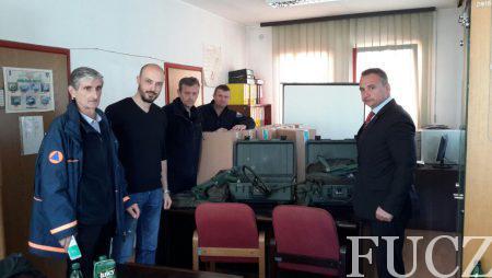Federalnoj upravi civilne zaštite uručeni metal detektori