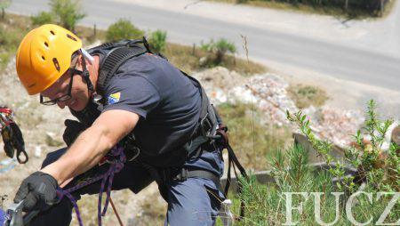 Pripadnici FUCZ u Bosanskoj Krupi uspješno završili obuku spašavanju sa visina