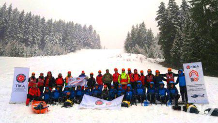 Pripadnicima FUCZ u Sarajevu uručeni certifiakti za uspješno završene obuke za medicinsku i potragu i spašavanje u zimskim uslovima