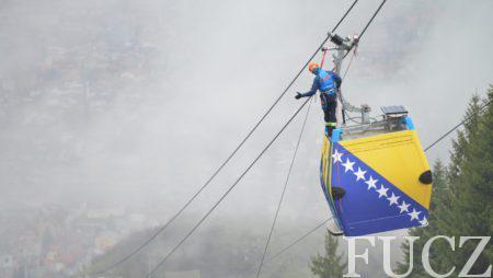 Dva spasilačka tima FUCZ učestvovala u uspješno izvedenoj vježbi evakuacije putnika iz kabina na Trebevićkoj žičari